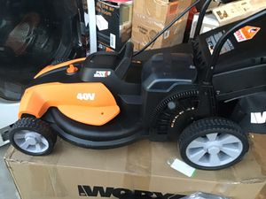 """Worx 40volt 17"""" cordless lawn mower with mulching with 2x20 volt battery's & Charger all brand new perfect condition for Sale in Las Vegas, NV"""
