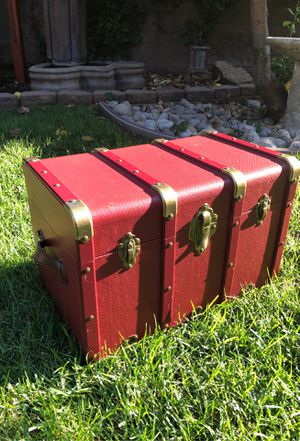 American Girl Large Trunk retired Kit for Sale in Upland, CA