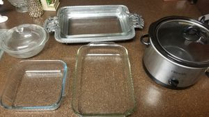 crockpot and pyrex backing dishes for Sale in Costa Mesa, CA