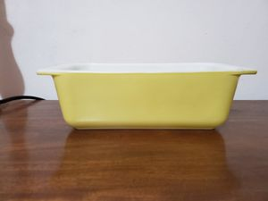 Verde loaf pan pyrex for Sale in Lathrop, CA