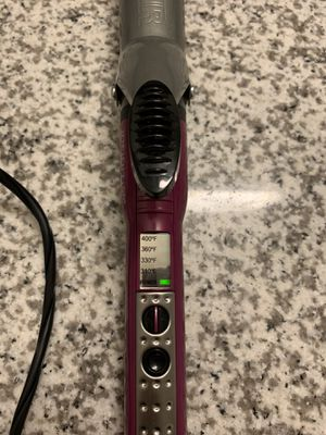 Conair Curling Iron - 1 1/4 inch for Sale in Fort Worth, TX