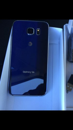 Samsung Galaxy S6 - just like new, factory unlocked, clean IMEI for Sale in Springfield, VA
