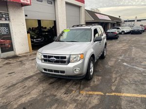 2009 Ford escape 4 x 4 with sunroof for Sale in Dearborn, MI