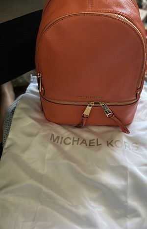 Michael kors pink grapefruit backpack for Sale in Chula Vista, CA