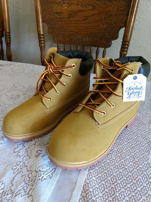 BRAND NEW Work Hunting, Hiking, Camping Boots Adult Size 4 for Sale in Saint Petersburg, FL