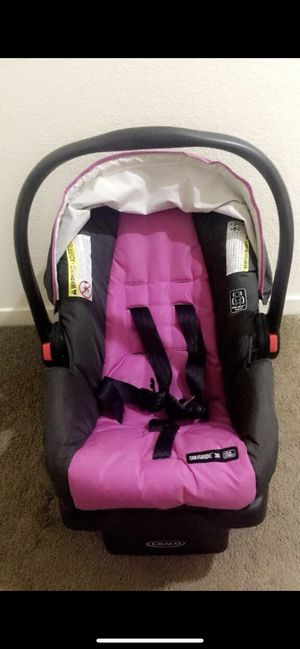 Graco car seat + Bouncer seat for Sale in Alameda, CA