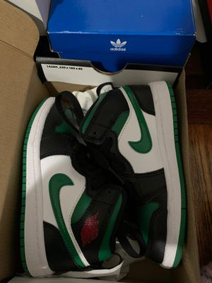 Jordan 1 mid 11c for Sale in Newark, NJ
