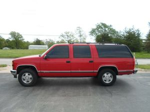 1993 suburban with LT1 350 corvette motor for Sale in Portland, OR