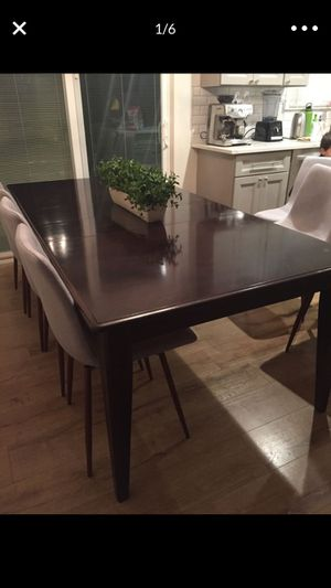 Dining table, kitchen table with two leafs for Sale in Vancouver, WA