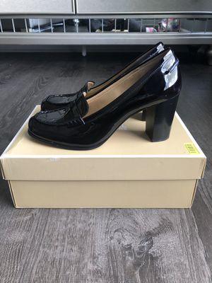 Michael kors shoes for Sale in McDonough, GA
