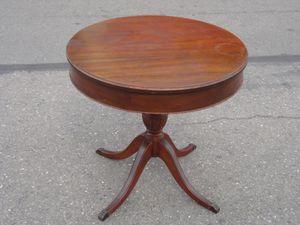 parlour table for Sale in Modesto, CA