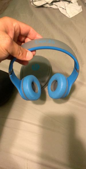 Beats wireless solo2 for Sale in Georgetown, TX