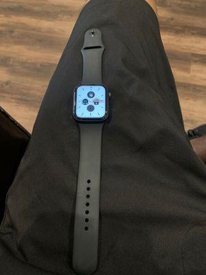 Apple Watch series 6 44mm gps for Sale in Brandon, FL