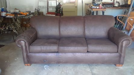 Flexsteel sleeper sofa from Carol House for Sale in Fenton,  MO