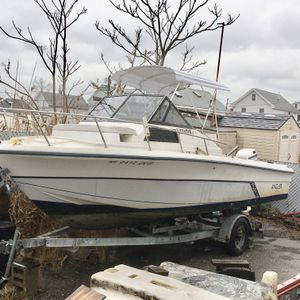 1988 Walk around Cuddy Angler for Sale in Queens, NY