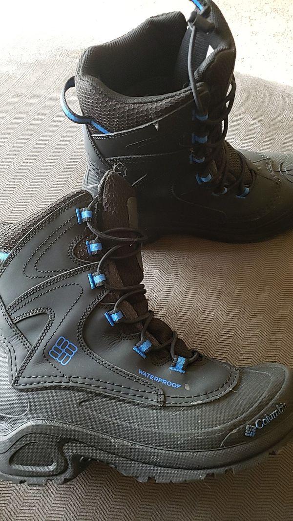 Kids Columbia Snow Boots