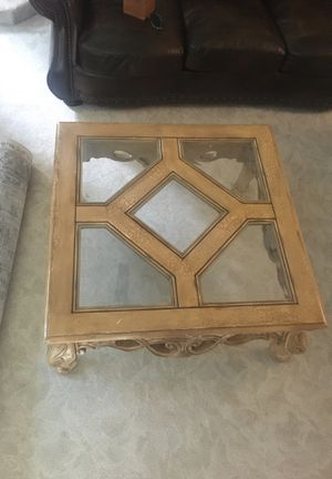 Beautiful wood and glass coffee table for Sale in Midlothian, VA