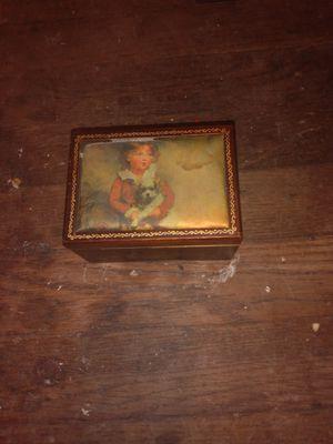Vintage jewlrey box for Sale in Dallas, TX