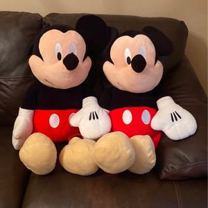 Large Mickey Mouse Plushies-quantity 2 for Sale in Brush Prairie, WA