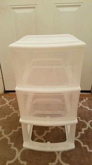Plastic storage, missing 1 drawer $4 for Sale in Menifee, CA