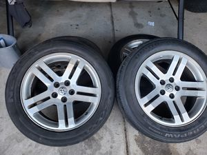 """Dodge charger rt rims and tires 18"""" for Sale in Warren, MI"""