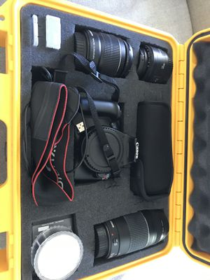 Canon EOS Rebel T3 and Accessories for Sale in San Diego, CA