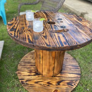 Indoor / Outdoor Side Table for Sale in San Antonio, TX