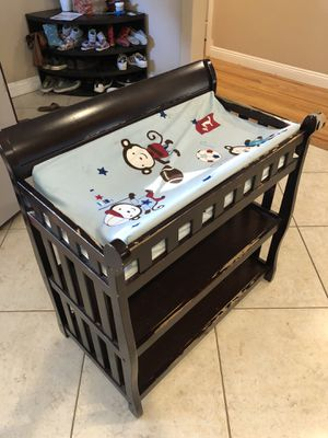 Delta Changing Table FREE for Sale in Lawndale, CA