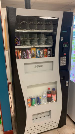 Vending machine for Sale in Port St. Lucie, FL
