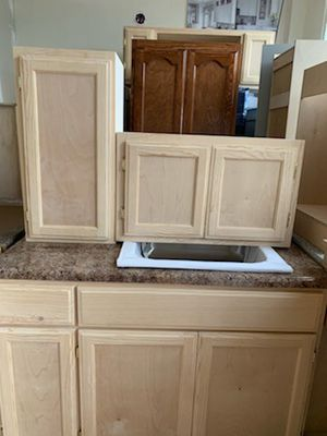 48 in kitchen cabinet set for Sale in Chino, CA