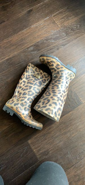 Guess leopard rain boots 9 for Sale in Fresno, CA