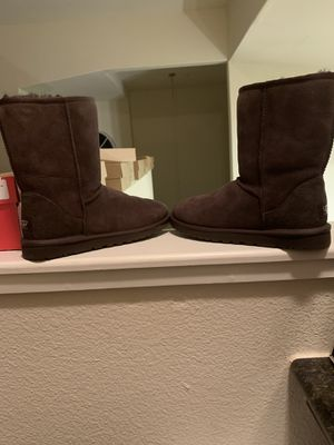 Ugg Classic Short Boots for Sale (Chocolate Brown) for Sale in Sacramento, CA