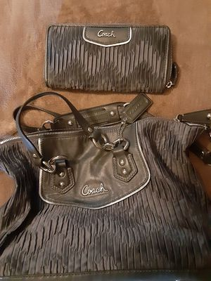 Grey Coach bag and wallet for Sale in Tacoma, WA