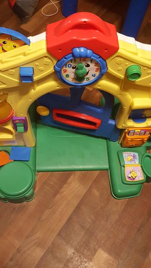 Fisher Price crawl thru toddler toy for Sale in Pennsboro, WV