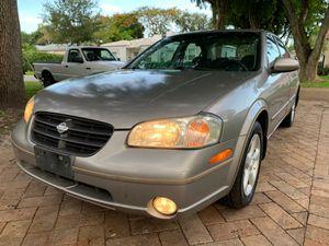 2000 Nissan Maxima for Sale in Miami, FL