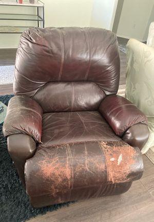 Leather recliner for Sale in Hemet, CA