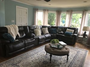 Jaynore sectional- Ashley for Sale in Charleston, WV