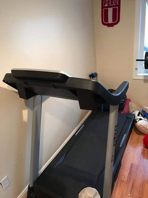 Reebok treadmill with inclination for Sale in West Valley City, UT