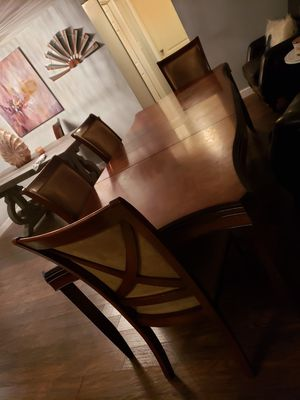 Dining Room Table with Six chairs for Sale in Riverview, FL