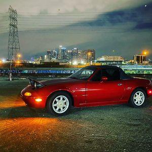 1991 Mazda miata mx-5 clean title manual trans for Sale in Long Beach, CA