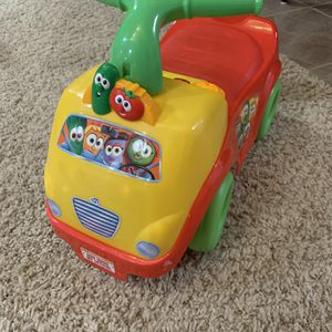 Veggietales Kids Car - Buttons & Songs (small Toddler) for Sale in Brecksville, OH