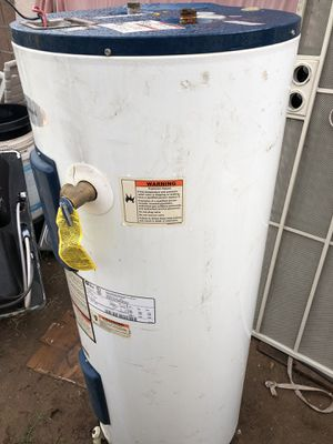 Electric water heater. $180 see another pictures works. Fine for Sale in Avondale, AZ