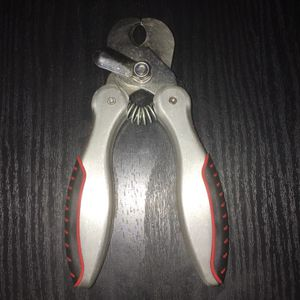 CHI for Dogs Guillotine Nail Clipper for Sale in Lexington, NC