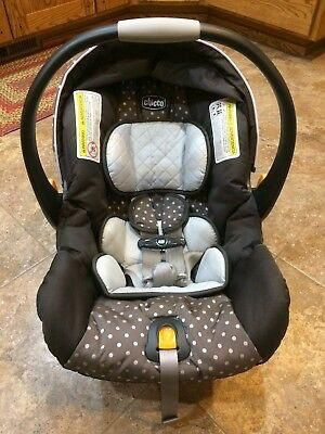 Like new Chicco keyfit 30 infant car seat with base for Sale in Houston, TX