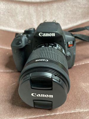 Canon Rebel T5i for Sale in Goodyear, AZ