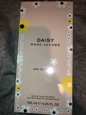 Marc Jacobs Daisy perfume;; for Sale in Tacoma, WA