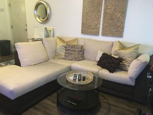 Kevin Charles Sectional Couch for Sale in Boca Raton, FL