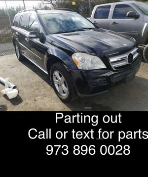 Parting out a 2007 Mercedes gl450 all parts available for Sale in Los Angeles, CA