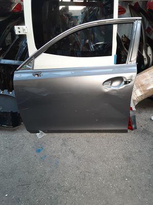 Lexus Ct200 left front door shell 2012-2016 for Sale in Wilmington, CA