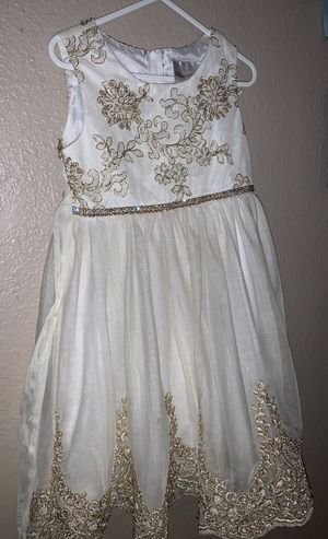 Flower girl dresses for Sale in Rancho Cucamonga, CA
